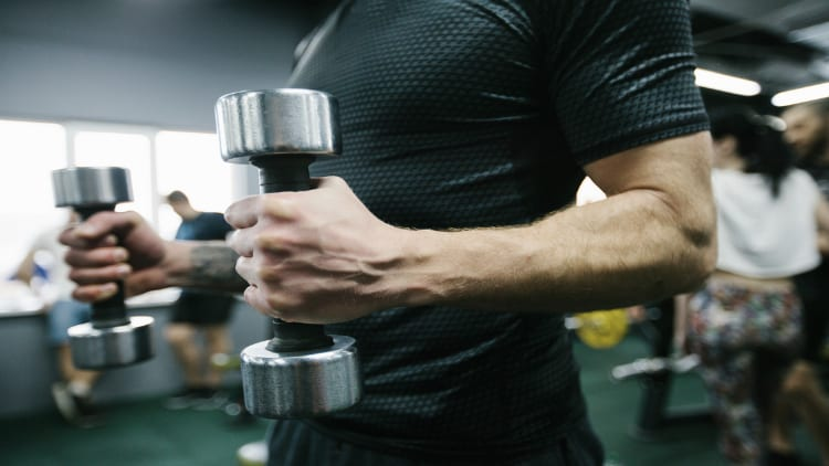 Close up of a man performing hammer curls
