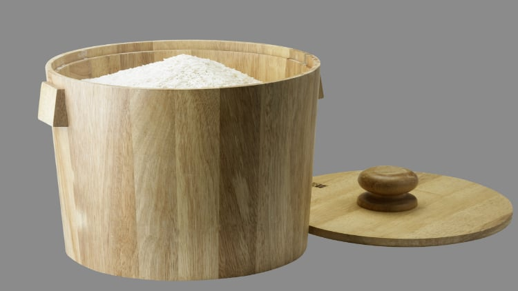 White rice in a wooden bucket